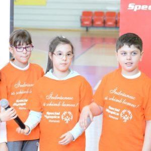 Liderul Ioana Ghițulescu le-a vorbit elevilor despre ce înseamnă sportul pentru persoanele cu dizabilități intelectuale