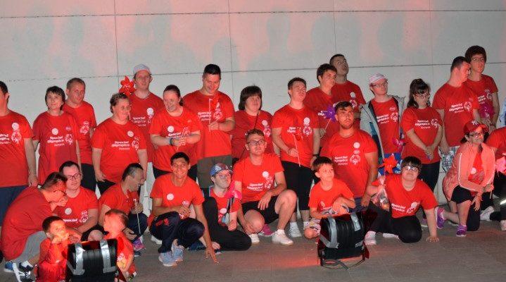 Sport Unificat și obiective culturale Iluminate în roșu în Săptămâna Incluziunii