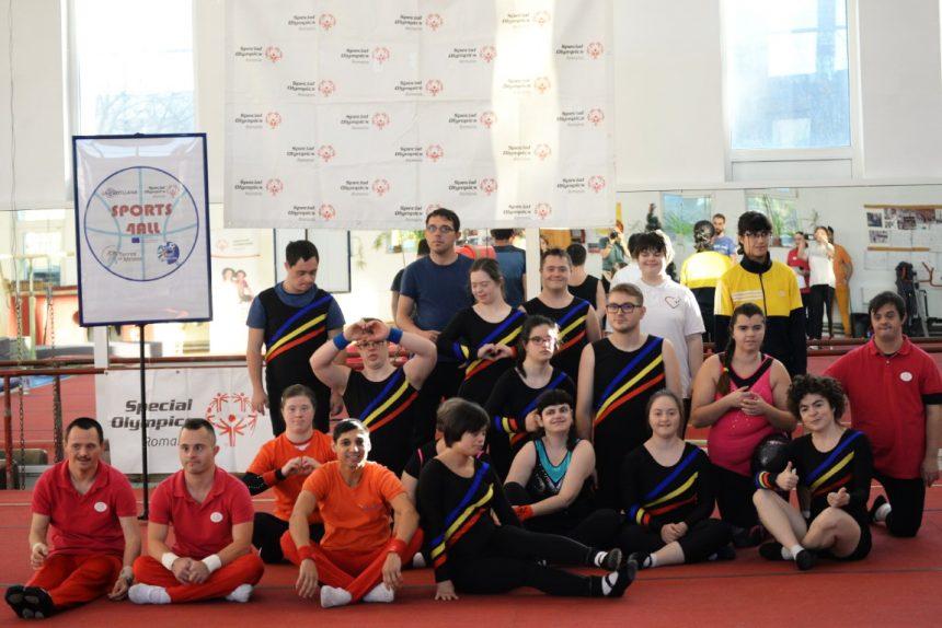 80 de sportivi cu dizabilităţi intelectuale au participat la Turneul final al Campionatului Național de Gimnastică Artistică Special Olympics de la Buzău